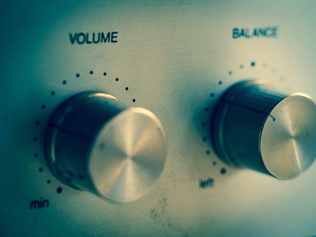 zvočniki